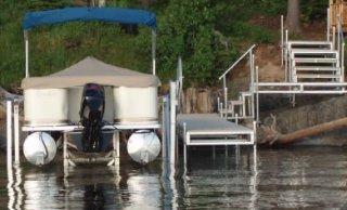 Easy Riser Vertical Boat Lift for Pontoon Boat